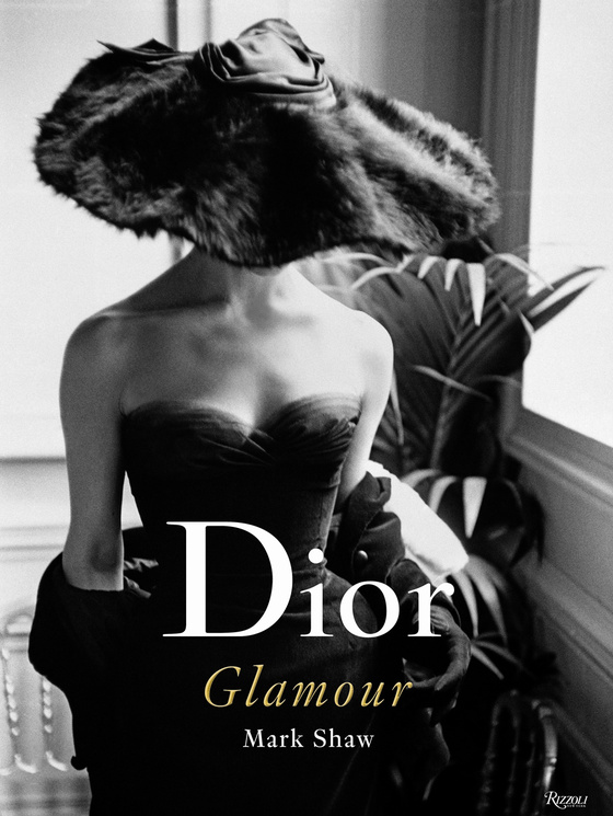 couv_dior_glamour_jpg_3590_north_560x745_white
