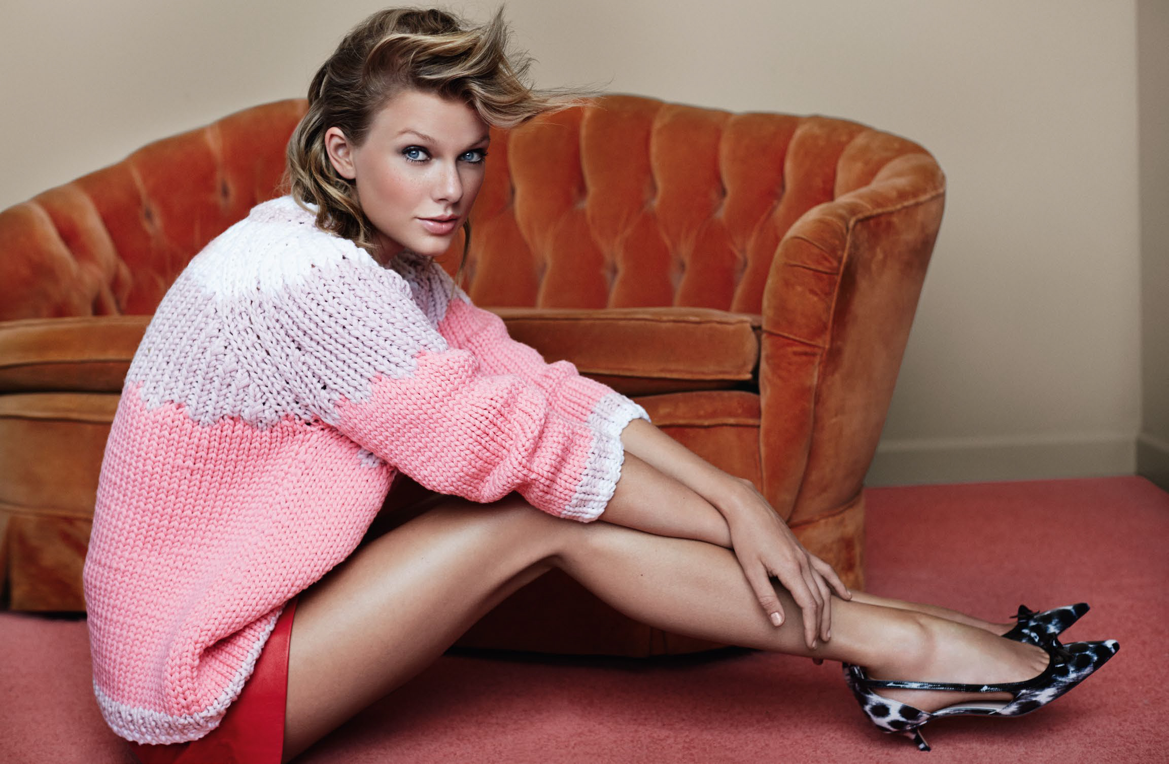 Taylor_Swift_British_Vogue_--_6