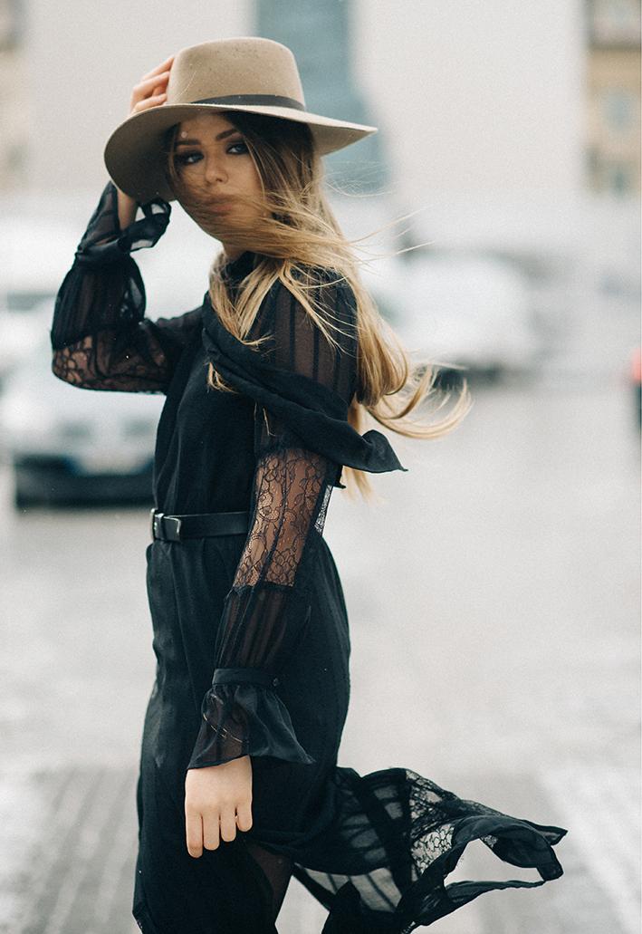 Kristina Bazan h&m life 1