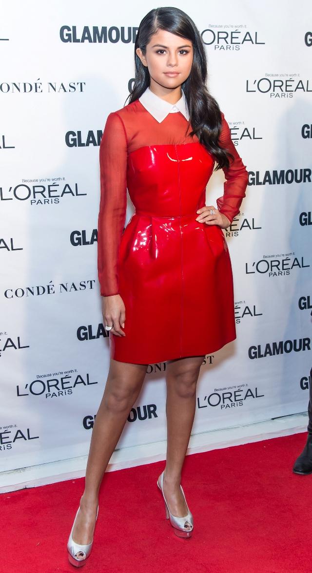 Looks de Selena Gomez49