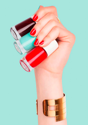 Comment choisir son vernis sans substance toxique ? Nailmatic