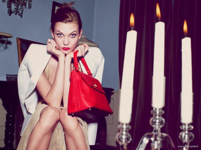 Karlie-Kloss-douce-seductrice-dans-la-nouvelle-campagne-Lancaster_portrait_w674