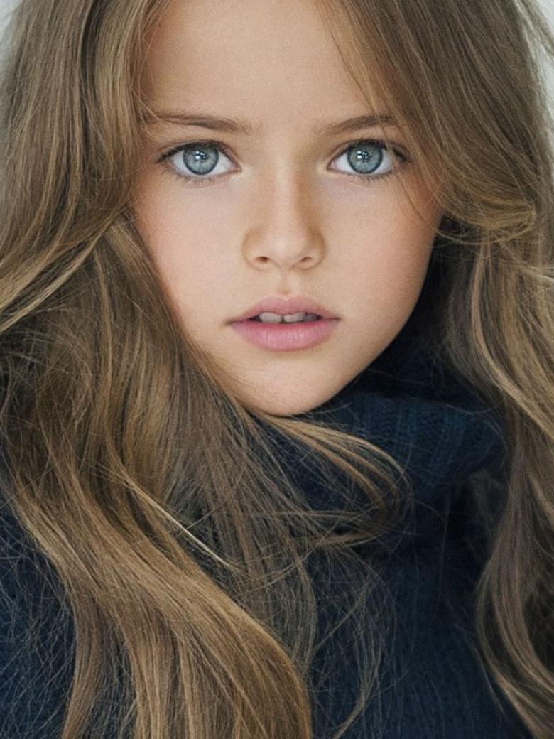 Kristina-Pimenova-8-ans-top-model-et-deja-au-caeur-d-une-polemique