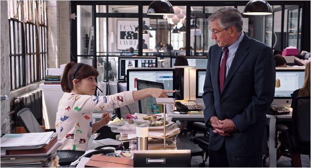 The Intern Movie - Le nouveau stagiaire Anne Hathaway Robert de Niro