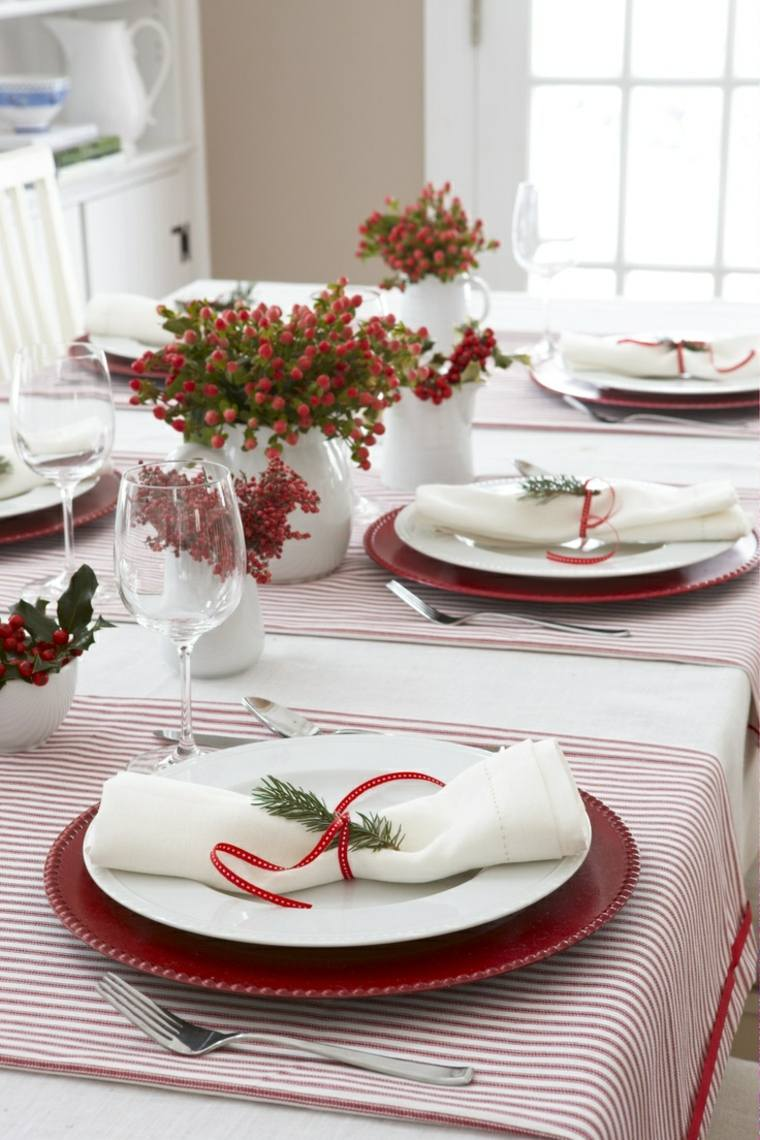 idee-deco-de-table-noel-rouge-blanc