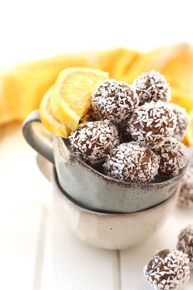 lemon-coconut-chia-energy-balls-3