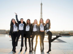victorias-secret-fashion-show-angels-effeil-tower